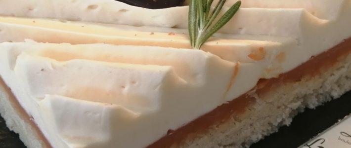 Roussillon, entremets abricots financier de Lorette, boulangerie à Paris