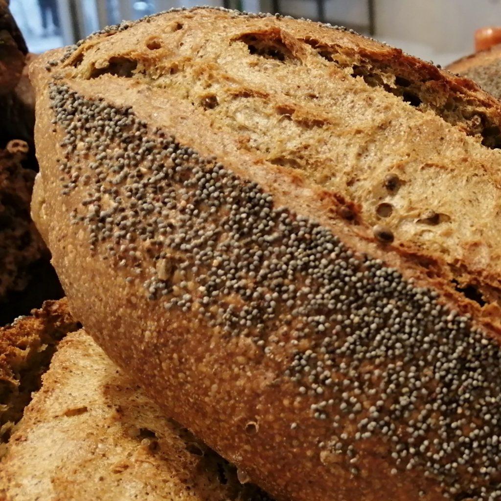 Pain bio au chanvre de Lorette, boulangerie à Paris