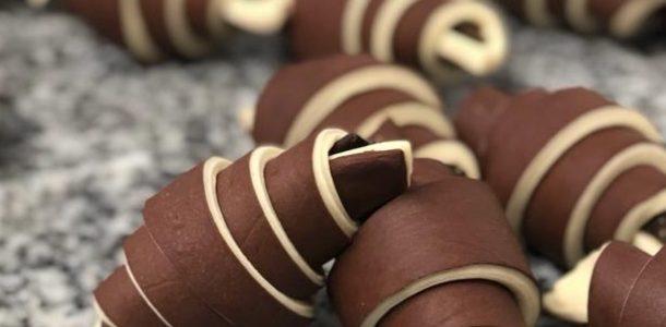 Croissants au chocolat de Lorette, boulangerie artisanale à Paris